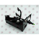 блок педалей (сц. и торм.) ВАЗ-21214-Urban с кронш. и пластиковым главн. цилиндром сцепления + 1 дат